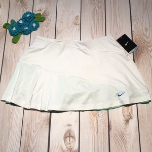 Nike women's dri-fit tennis skort